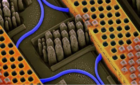 光学存储芯片置入SSD 速度或提升100倍