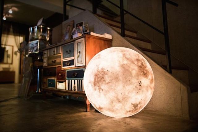 把月亮带回家 Luna月亮灯售价75美元起
