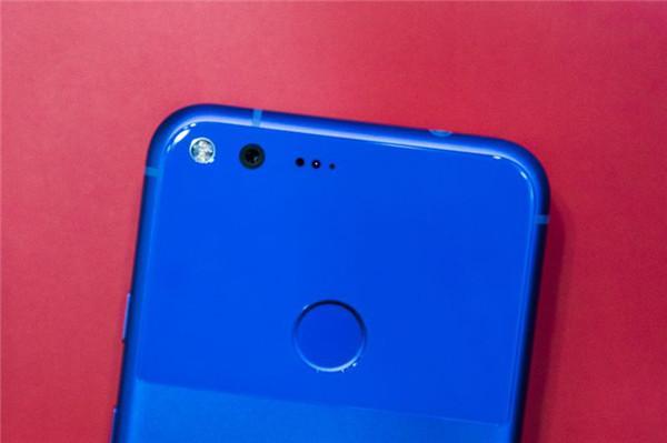 谷歌Pixel外媒评测汇总 外观抢眼拍照是亮点