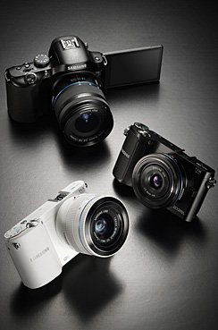 连WiFi发微博 三星发布三款NX微单相机