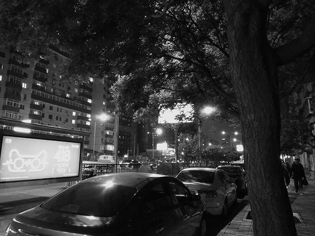 黑白相机拍摄
