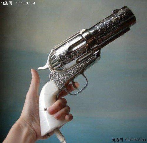 复古手枪手绘图