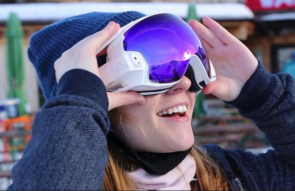 RideOn智能护目镜:滑雪时和你虚拟互动