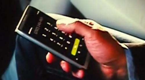 即将问世 诺基亚N9亮相《变形金刚3》