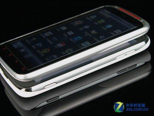 摩托罗拉ME865/HTC Sensation XE对比