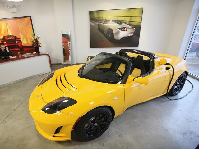 马斯克再爆料新款Roadster将是特斯拉最快车型