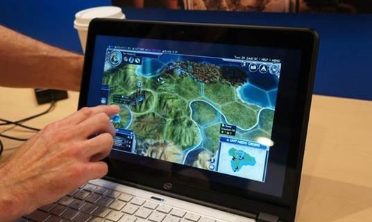 游戏商演示通过超极本触屏玩《文明5》