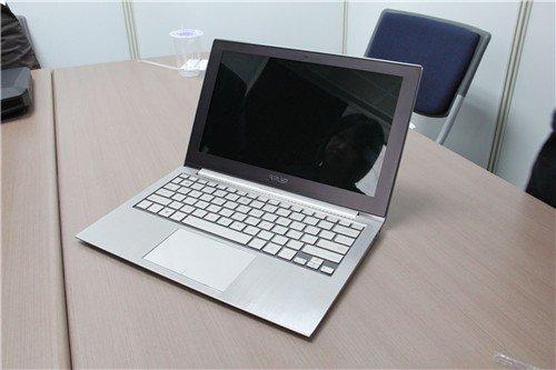 华硕明发Ultrabook 明年推799刀机型!