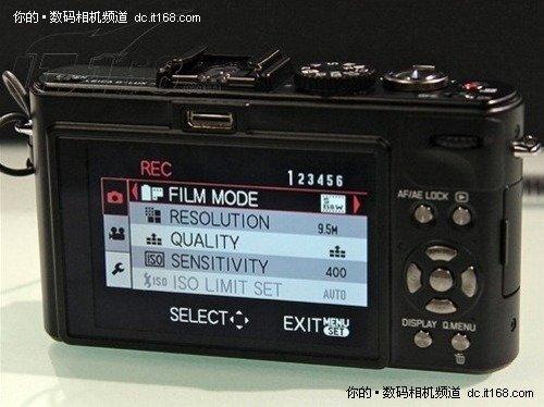 贵族奢华 购钛金版徕卡D-LUX5赠原厂包