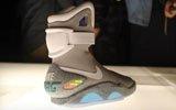 自动系鞋带的鞋