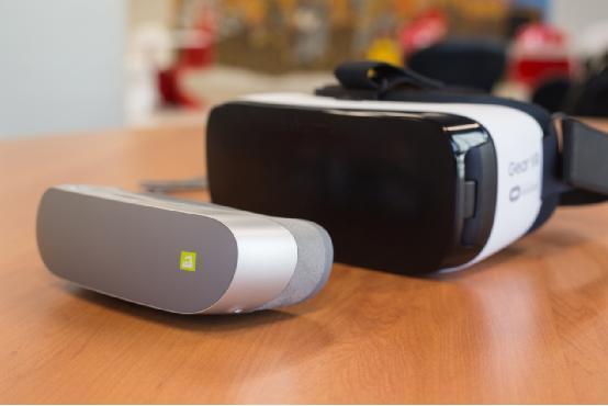 LG 360 VR体验 佩戴舒适但漏光比较严重图片