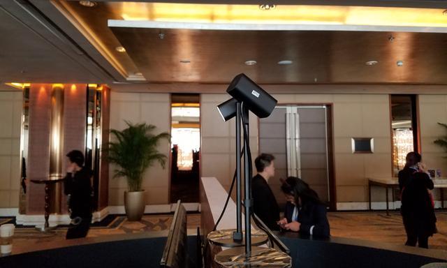 Hypereal发布VR头显 神似Oculus和PS VR合体
