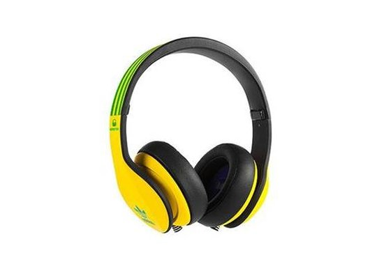 阿迪達斯聯手魔聲推出世界杯球隊限量耳機