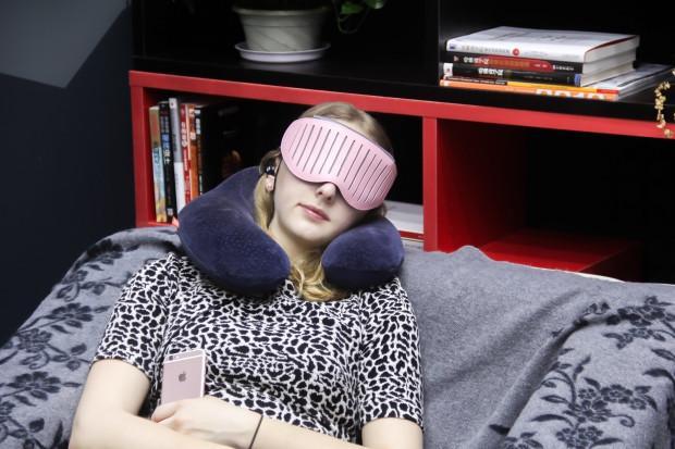 眼罩只是遮光?NO!这款眼罩能听歌还能提高睡质