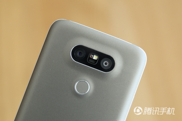 LG G5评测:牺牲外观工艺为模块化铺路
