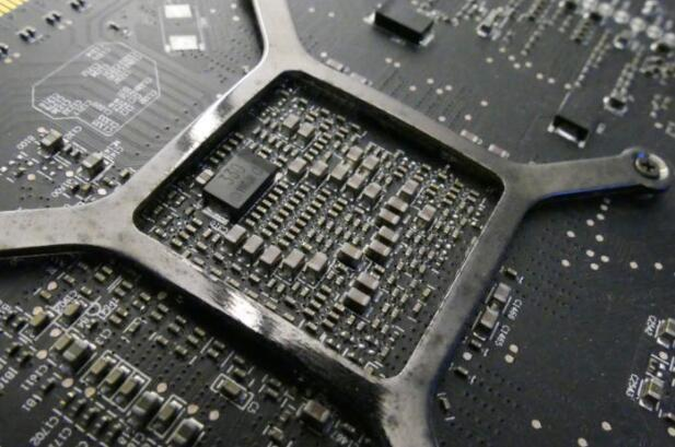 真相了!电脑手机卡死的原因竟然是宇宙射线干扰