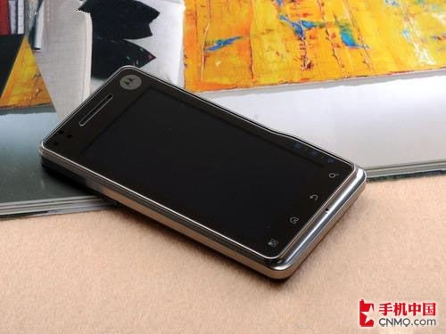 摩托XT720仅1999 800万像素Android机