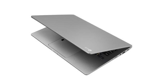 只有900克重的笔记本,LG卖1000刀贵吗?