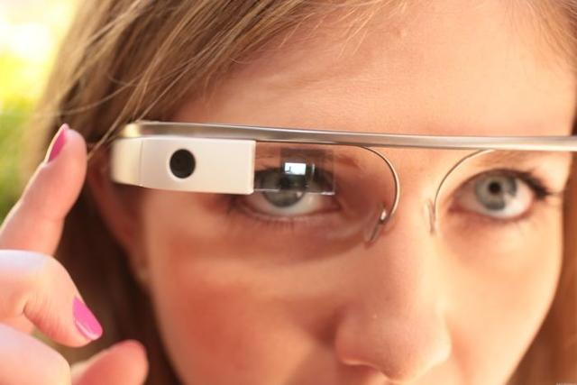部分开发者已经收到了第二代谷歌眼镜