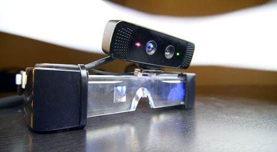 支持手势操作3D增强显示眼镜亮相 续航仅6小时