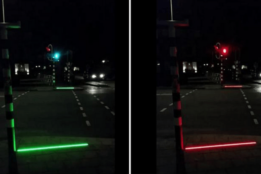 小镇安装地表红绿灯:虽不提倡但宝宝是爱你的