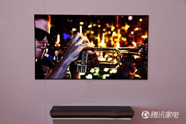 你现在真的能买到壁纸电视了!65英寸十万一台