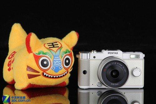 全球最小可换镜头单电相机 宾得Q评测
