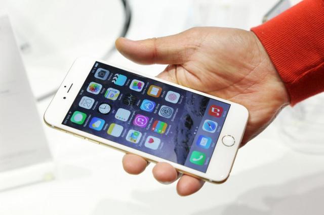 风头正劲 巨屏手机全美占有率达到21%