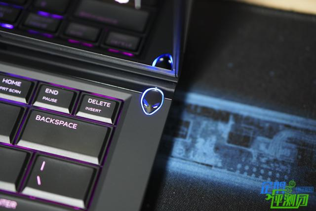 半吊子游戏迷玩新款外星人 OLED屏幕让体验提升好几档