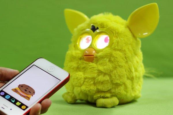 创新应用第13期:用iPhone喂养你的宠物菲比