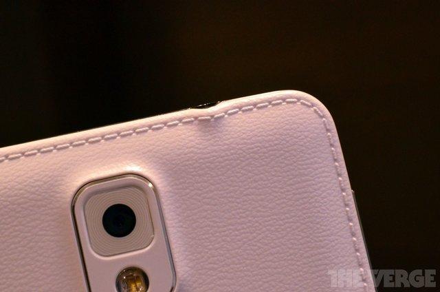 三星Note 3正式发布 配5.7英寸屏仿皮革后盖