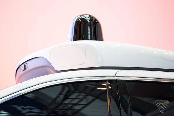 谷歌自动驾驶面包车月底前上路 成本大幅降低