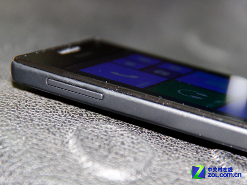 首款国产全民WP8手机 千元华为W1评测
