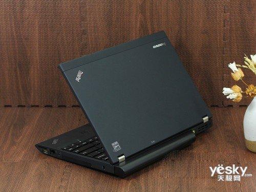 便携商务全新键盘 ThinkPad X230预装WIN7