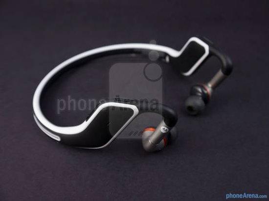 摩托罗拉无线蓝牙立体声耳机S11-FLEX HD评测