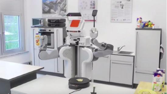 科学家研发会做饭的机器人 煎饼披萨都没问题