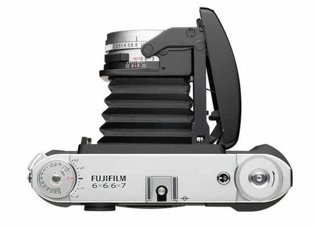 富士居然还在生产胶卷相机 而且要卖1800美元