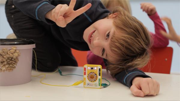 把孩子培养成物理学家?那先从这款玩具入手吧