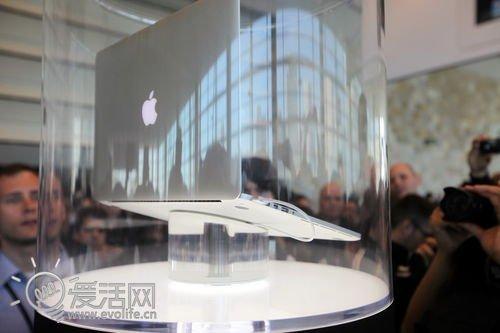 分析师:新Macbook Pro领先超极本一年