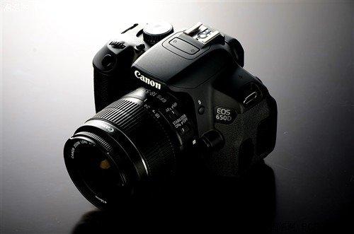 新款单反降价猛 一周数码相机降价排行