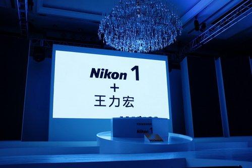 尼康1系列 业内领导者的用心之作