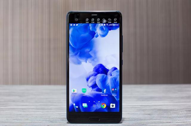 蓝宝石版HTC U Ultra抗划伤测试 强过大多数手机