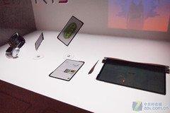 透明全触摸屏幕 华硕概念平板电脑亮相