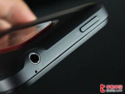 HTC EVO 3D国际版到货 跌破4000元大关