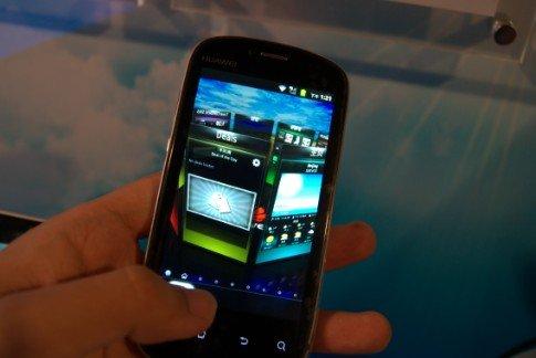 华为发布云手机Vision 主打3D体验与云服务