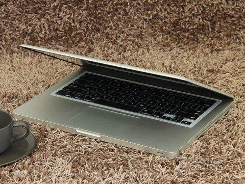 精湛设计极具美学 新MacBook Pro热销