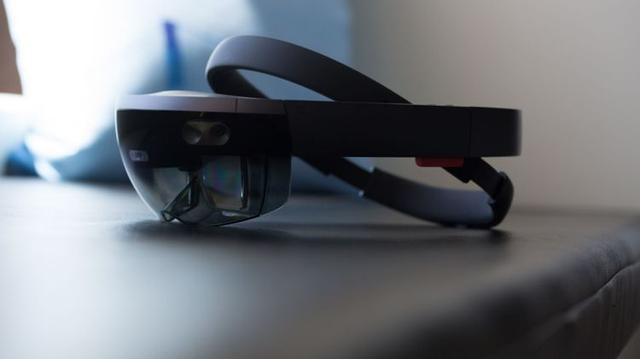 微软2019年发布第三代HoloLens?二代竟流产