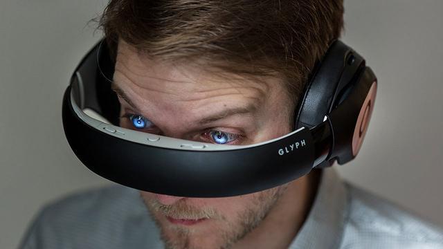 Avegant AR相当炫酷 没屏幕画面直接投射进眼镜