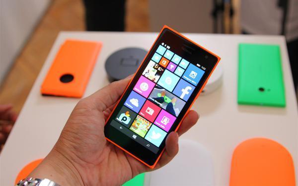 诺基亚Lumia 830国行开始预约 售价2399元