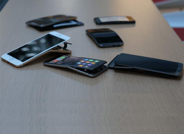 手机变形测试:三星Note 3抗弯性最强